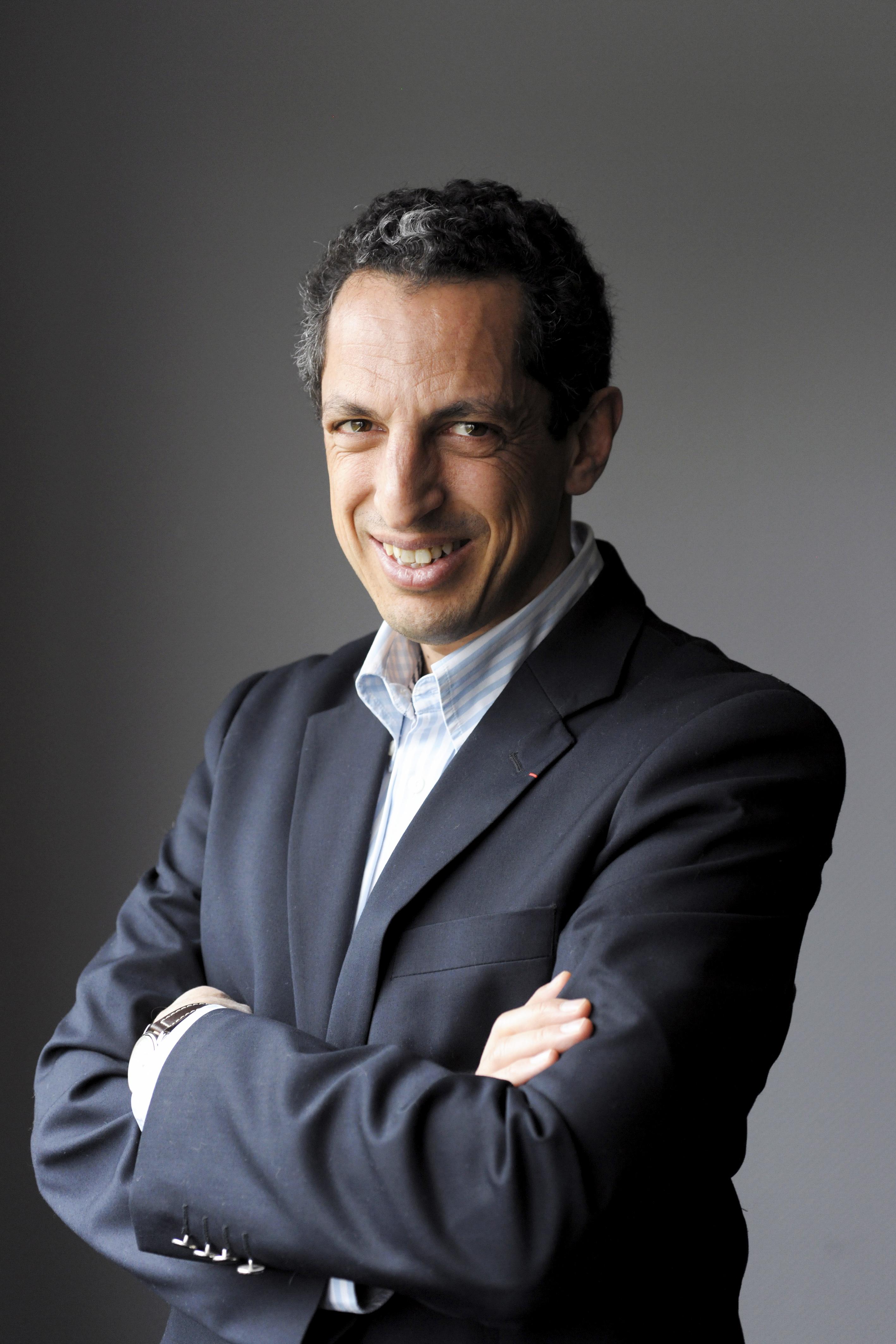 Jean Marc Barki, PDG de Sealock Entreprise Sealock, specialisee dans la formulation de colles en base aqueuse et de colles thermofusibles Hot Melt.